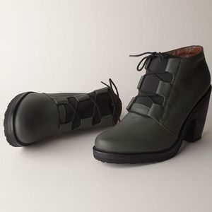 Rachel Comey Black Garrett lace up boots size 9
